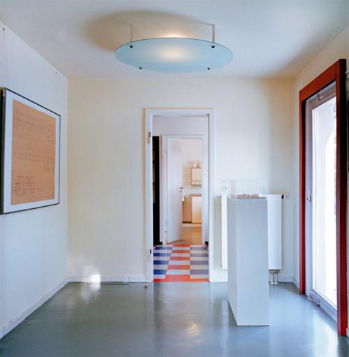 haus am horn. Black Bedroom Furniture Sets. Home Design Ideas