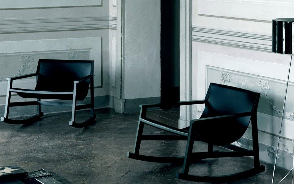 Design Piero Lissoni.The Milanese Dondolo Chair Design By Piero Lissoni For