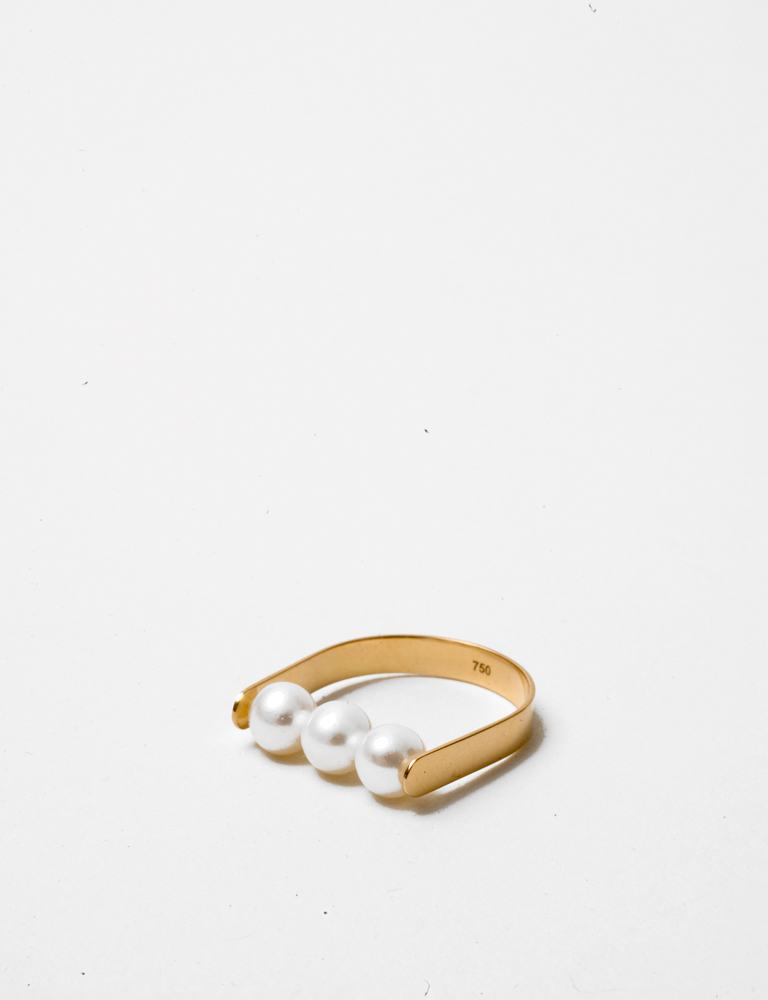 Saskia Diez Pearl Stripe Ring