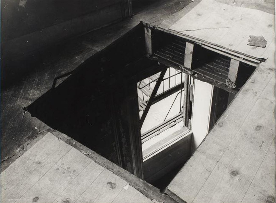 Gordon-Matta-Clark-Bronx-Floors-1973
